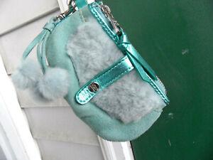 UGG-Wristlet-bag-New-Keychain-Pom-Poms-real-fur