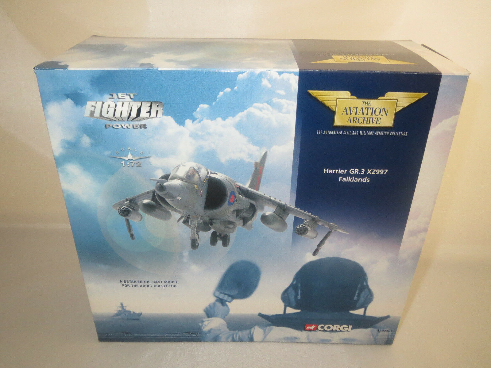 Corgi  Harrier xz997 falkland  1 72 OVP