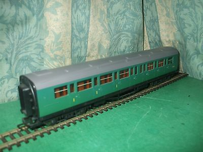 Onestà Hornby Ex Sr Maunsell Green Composite Coach Only - Unboxed Squisita Arte Tradizionale Del Ricamo