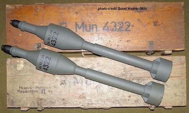 STENCIL SCHABLONE WW2 WWII GERMAN PANZERSCHRECK ROCKET AMMO BOX CASE RPz  B43/54