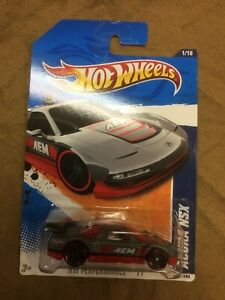 Acura-NSX-HW-Performance-131-244-Hot-Wheels-2011-Red-amp-Silver-FREE-SHIPPING