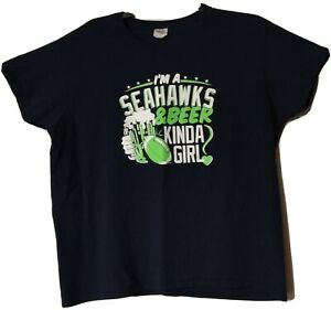 Gildan-Women-039-s-034-I-039-m-a-Seahawks-amp-Beer-Kinda-Girl-034-Blue-T-Shirt-Plus-Size-2XL-EUC