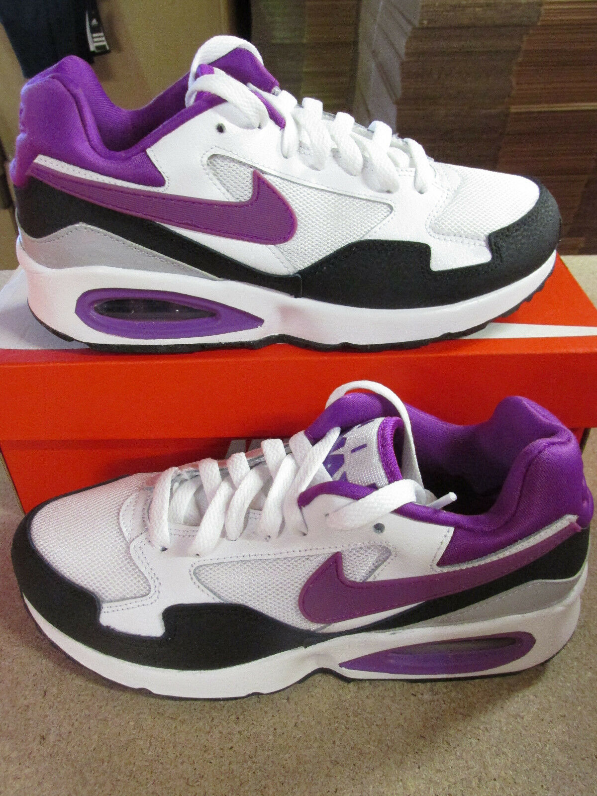Nike Femmes Air Max St Basket Course 705003 104 Baskets