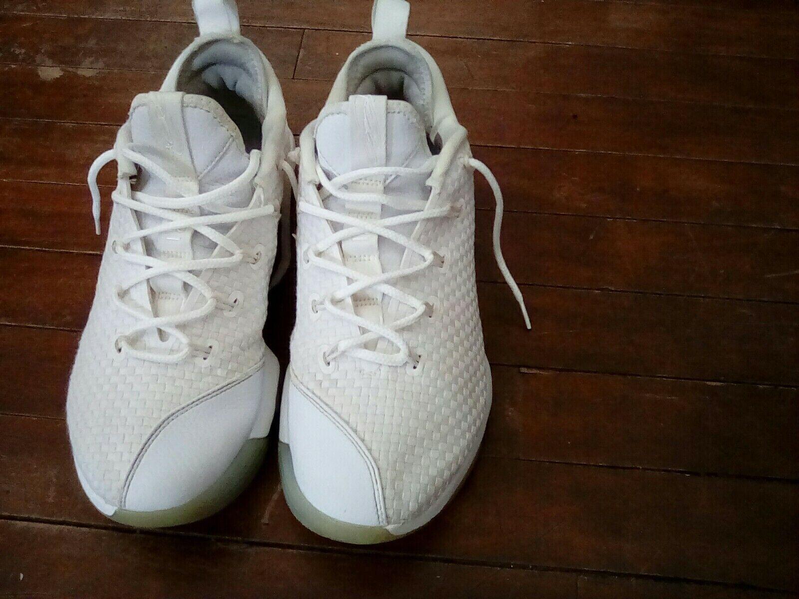 Nike labron basketball shoes mens size8.5