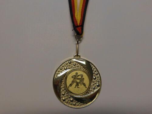 Fußball Pokal Kids 50 x Medaillen mit Deutschland-Bändern Turnier Emblem Ball