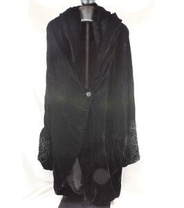 Habit-Womens-OS-Black-Crushed-Velvet-Coat-Cape-W-Soustache-Braid-Cuffs-Vintage