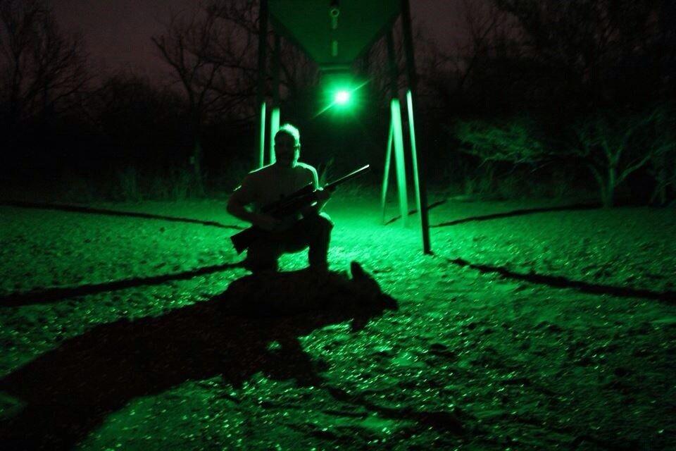 INHAWGNITO Remote Controlled Night Hunting Hog Pig Light LED ROT Grün Wireless