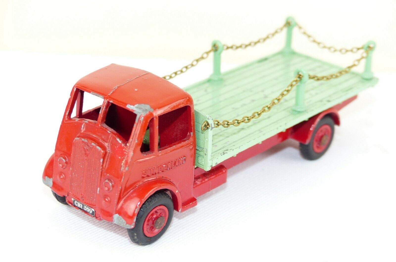Benbros No 220 is the RARE model of the AEC Flatbed lorry with fitted chains Exe