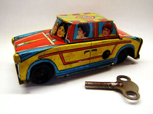Tintoy-Blechspielzeug-Blechauto-Pkw-Federaufzug-Schluessel-TATA-1960er-J