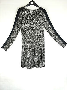 Ex-Marks-and-Spencer-Black-and-White-Patterned-Long-Sleeve-Dress-W3-7