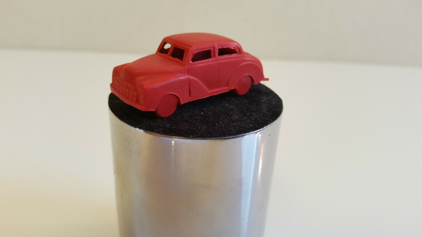 MPC (USA) - Voiture miniature Morris rouge rouge rouge (HO - 1/87) Vintage dadb96
