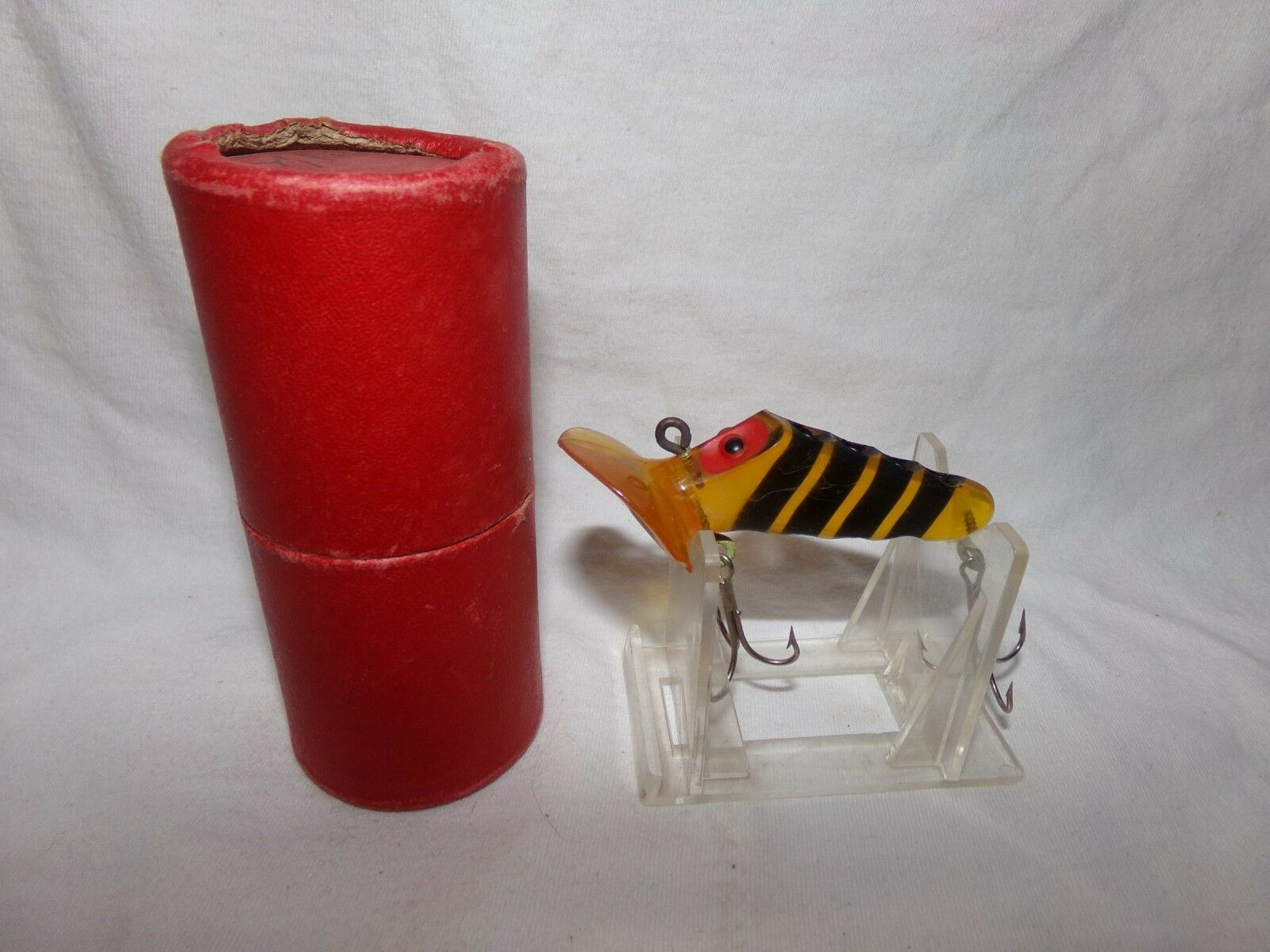 VINTAGE GURGLING JOE FISHING LURE W  BOX