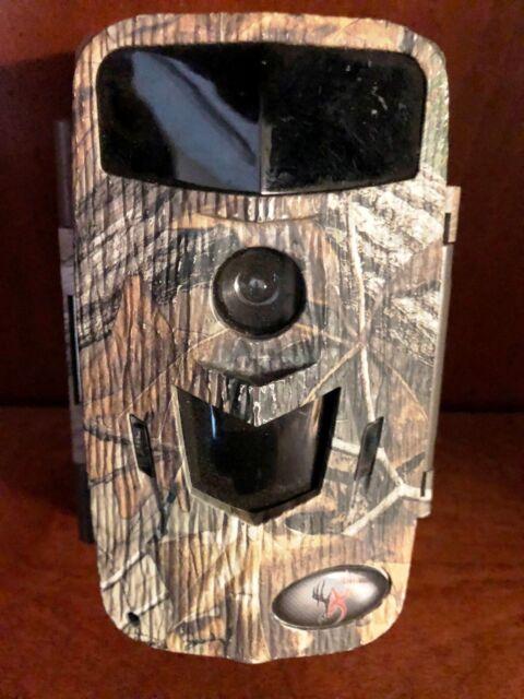 2351 Used Wildgame Innovations Razor X10 Game Camera 10MP M10B11D2