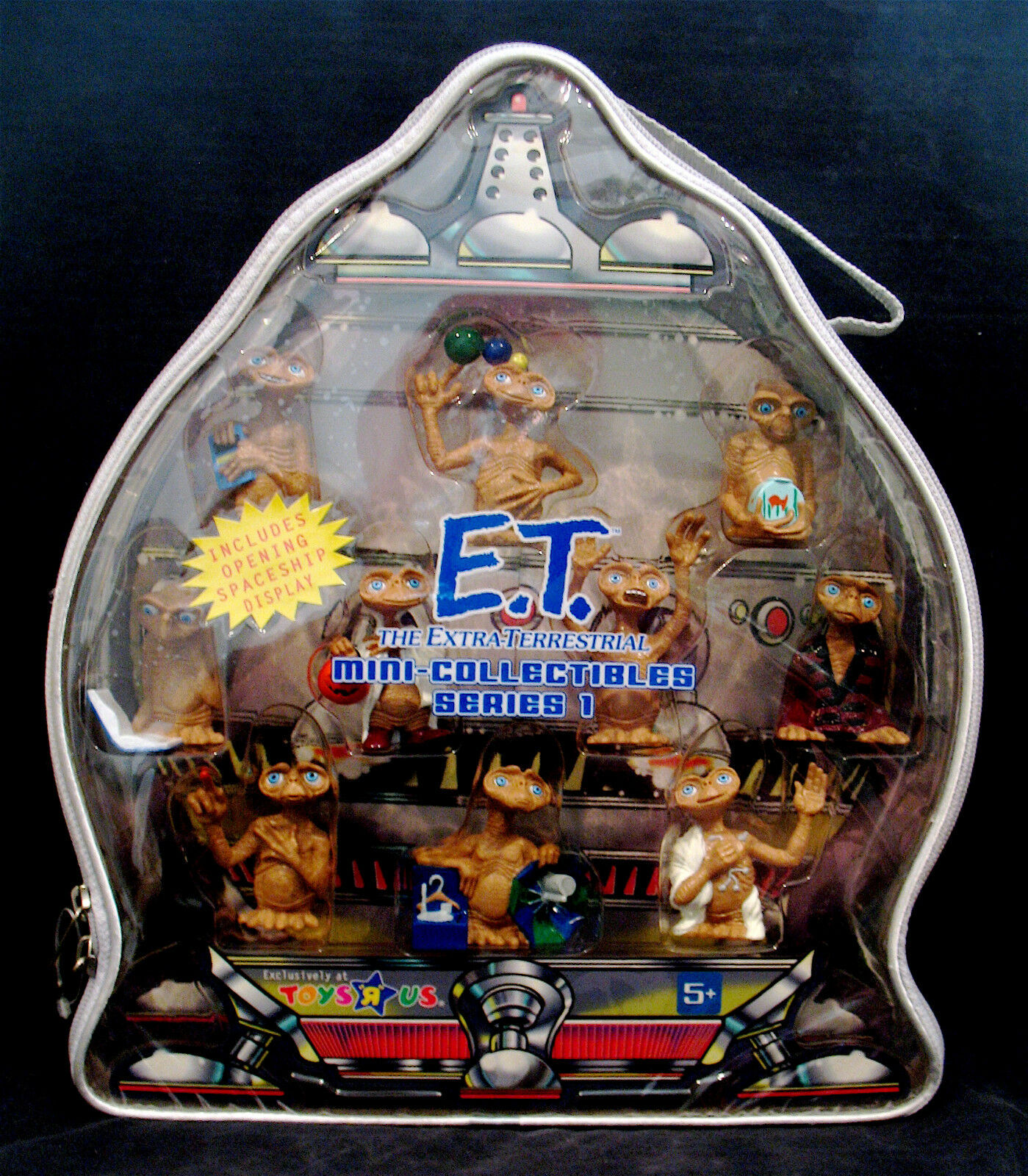 E.T.-THE EXRA TERRESTRIAL Mini Collectibles Action Figures w Case-Unopened