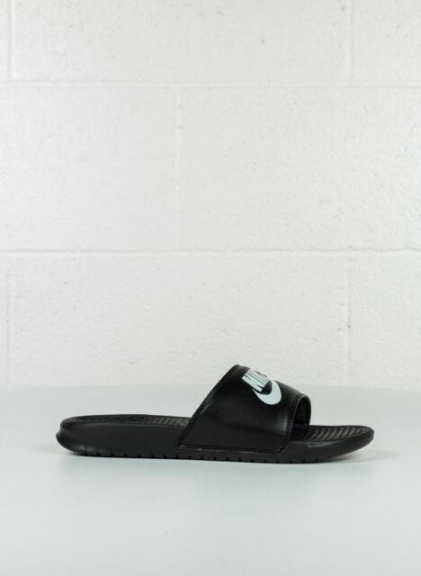Nike Benassi JDI Scarpe da ginnastica Basse Uomo Multicolore (nero Bianco)