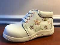 White Leather Walking Shoes Pink & Lilac Flowers Infants Size 6 1/2 Wide