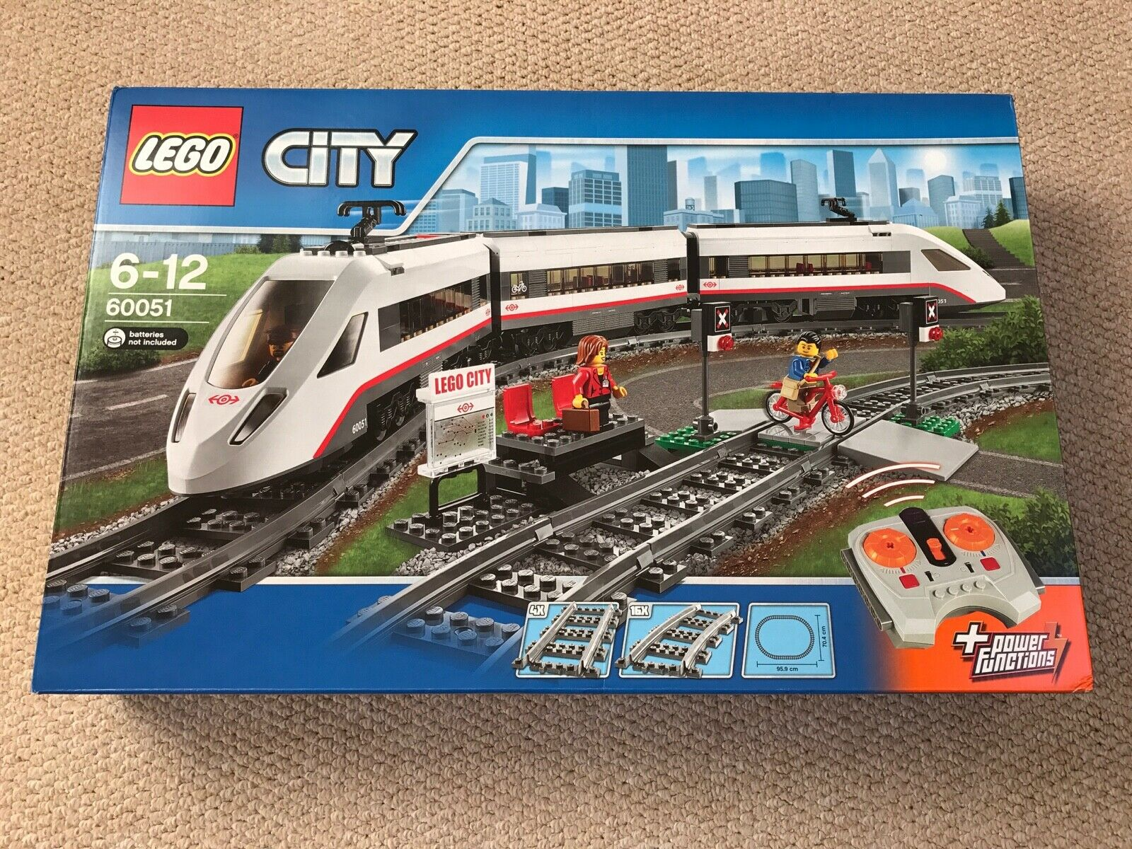 NYA LEGO City 6051 Passagerkonståg FRI P &P