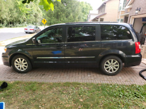 2013 Chrysler Town and Country with safety