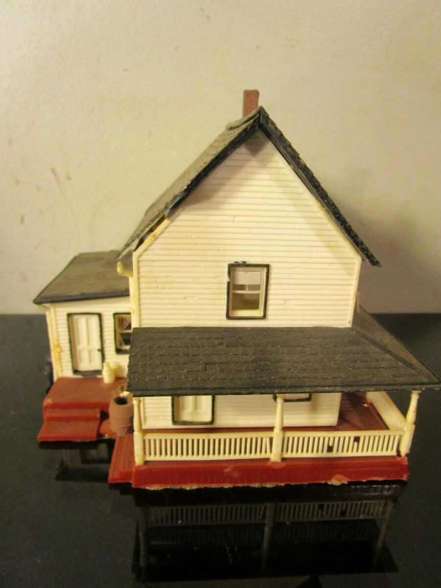 Mini house model detailed figurine house porch