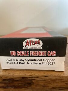 HO-Scale-Atlas-1951-4-Burlington-Northern-6-Bay-Cylindrical-Hopper-445027