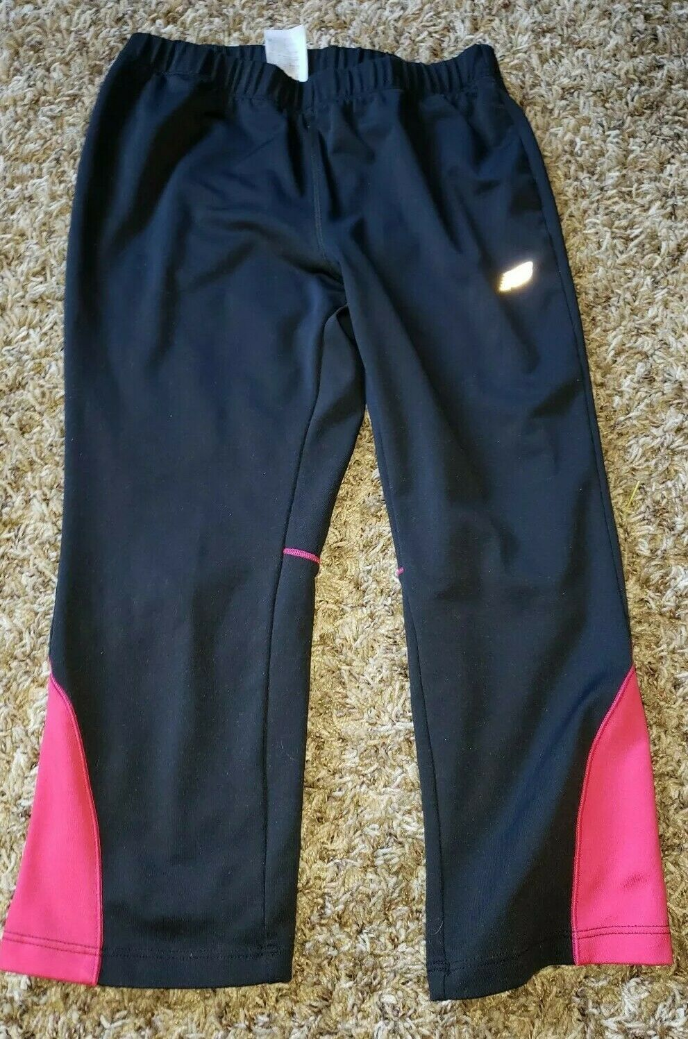 New Balance Black and pink Capri Activewear Workout Wear Stretchy Material Sz L