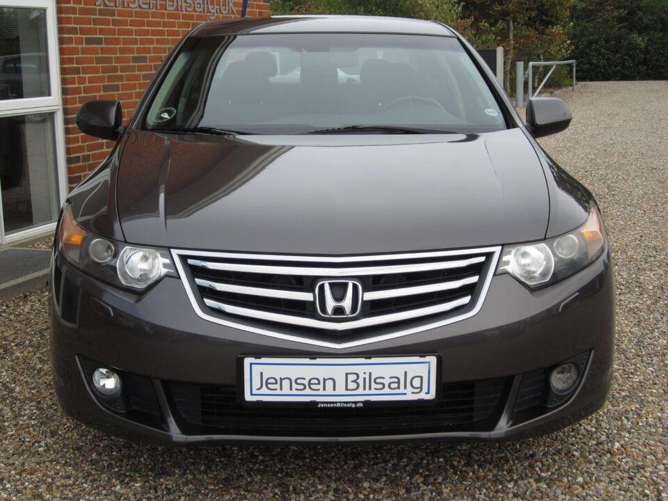 Honda Accord 2,0 Elegance aut. Benzin aut. modelår 2009 km
