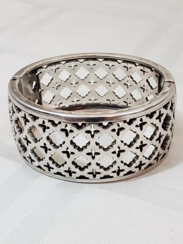 Vintage 1990s 90s Silver Plated Embossed Wide Cuff by Brighton Hinged Bracelet Floral Bracelet Brighton Jewlery Size S M