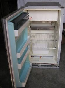 Dometic Rv Refrigerator >> Details About Dometic Rv Refrigerator Medium Size 22 X39 And 26 Deep Pickup In Kentucky Only