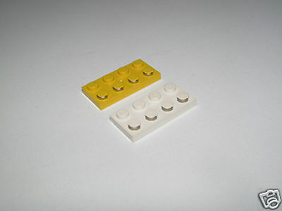 LEGO White Electric 2x4 Plate with Contacts