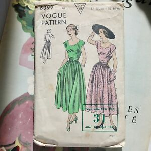 4bf622bf29 1948 'New Look' Vogue sewing pattern 40s vintage summer fashion ...