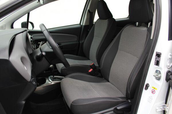 Toyota Yaris 1,5 Hybrid H2 CVT - billede 4