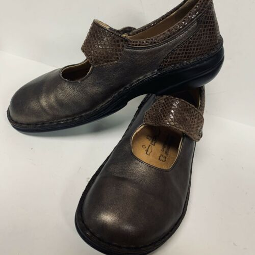 Finn Comfort Womens ShoesBrown Leather Mary Jane S