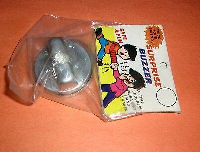 Lot 2 Vintage Taiwan Surprise Joy Buzzer,Joke,Prank,Gag,Shock,Magic Trick,NOS