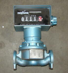 Actaris-Model-600-carbon-steel-flow-meter-1-034-in-out-Neptune-readout-looks-new