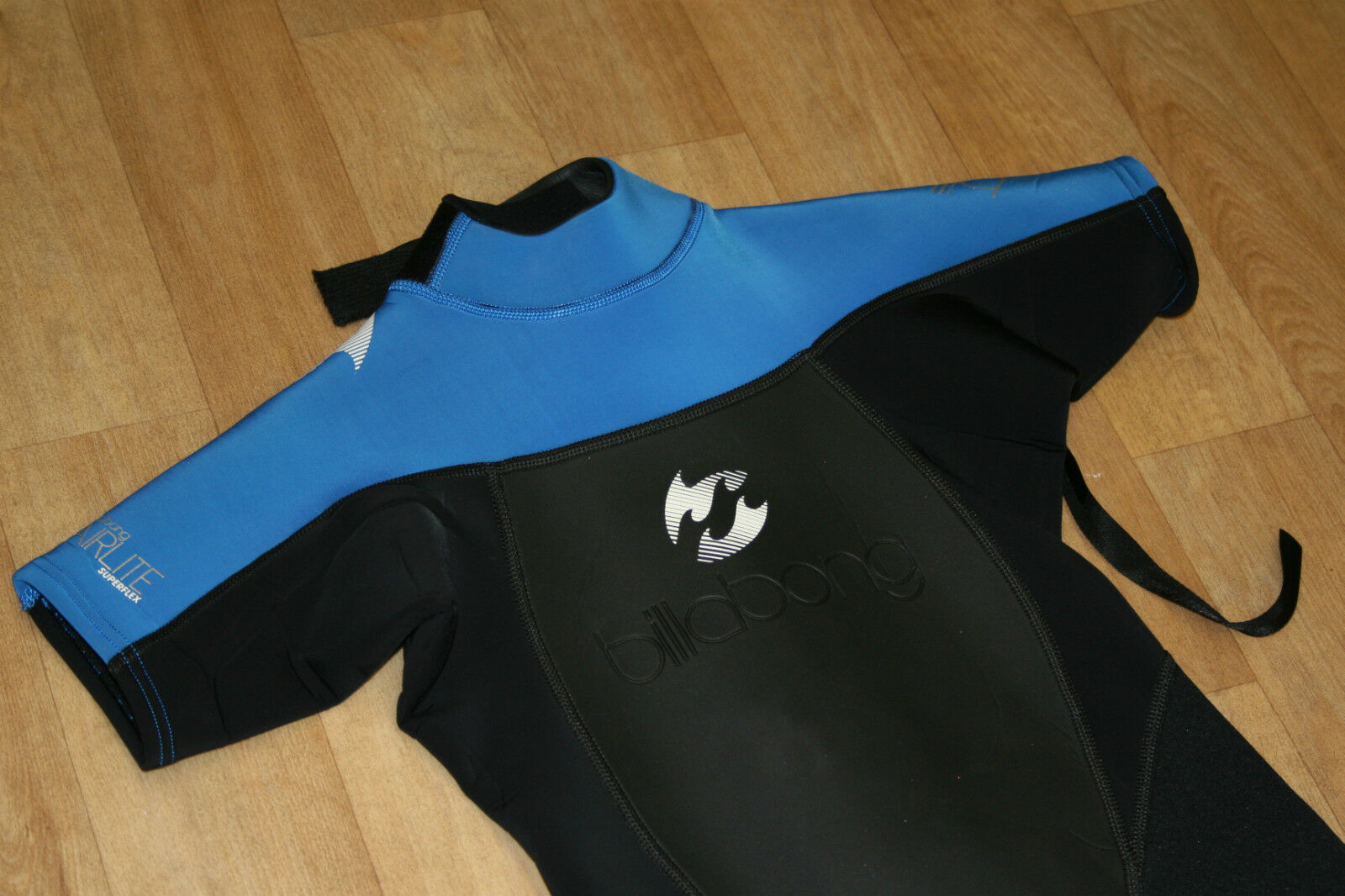 BILLABONG SYNERGY LADIES GIRL SHORTY SHORTIE WETSUIT 2MM SURF SWIM blueE NEW
