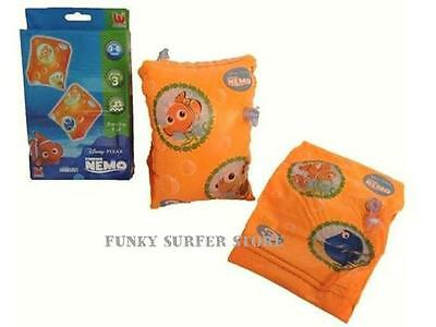"""FINDING NEMO BESTWAY INFLATABLE SWIMMING ARM BANDS CHILDS KIDS 9/"""" X 6/"""" AGE 3-6"""
