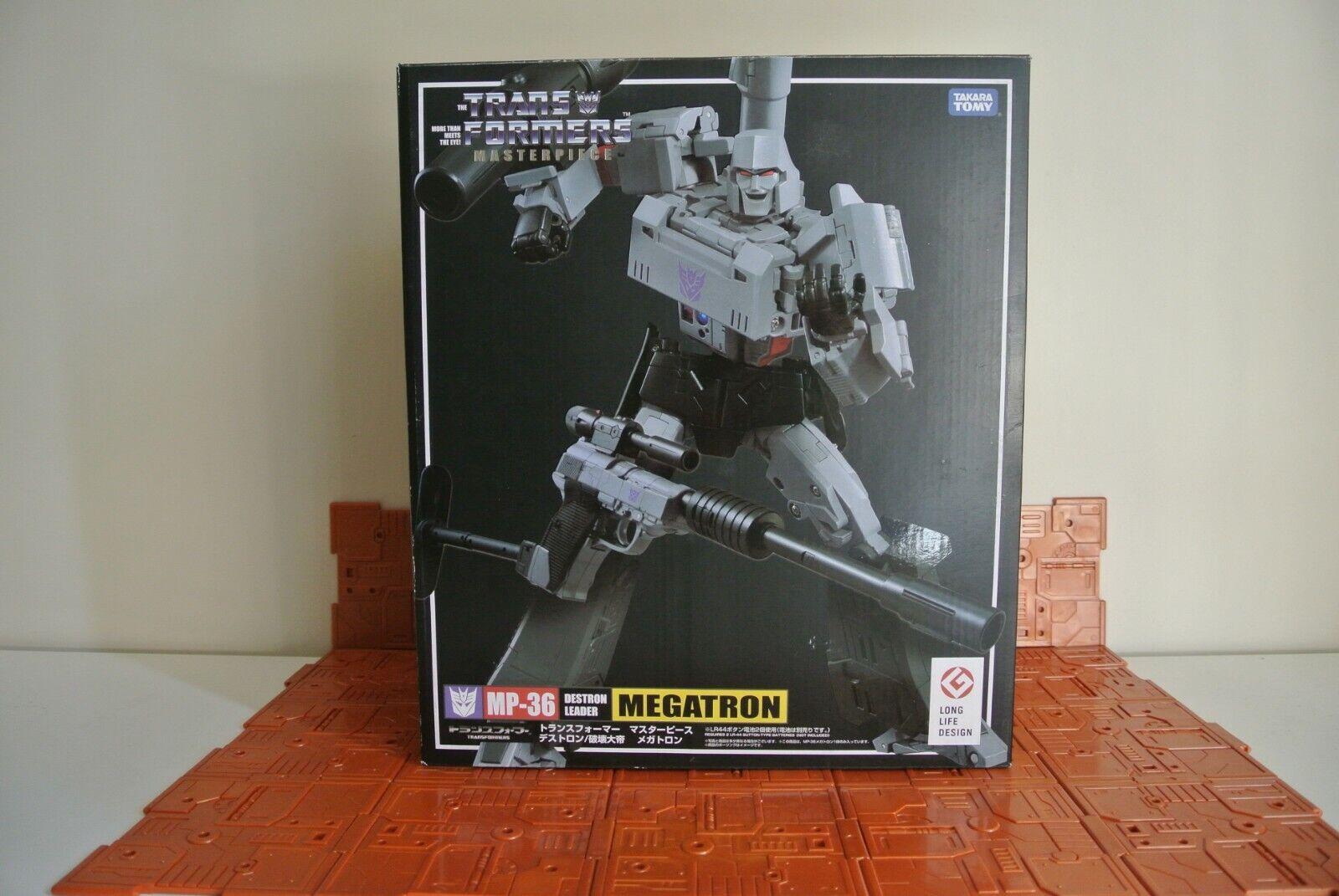 Takara Transformers MP36 Megatron & Infinite IT01 Megatron