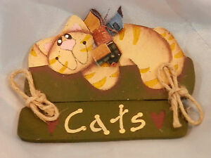 Vintage 1980s OOAK Hand Made Work Of Art Cat Lovers Refrigerator Magnet 175my7