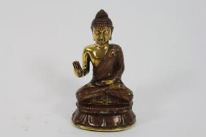 Skulptur-Figur-Bronze-teilpoliert-Buddha-in-Meditation-auf-Thron