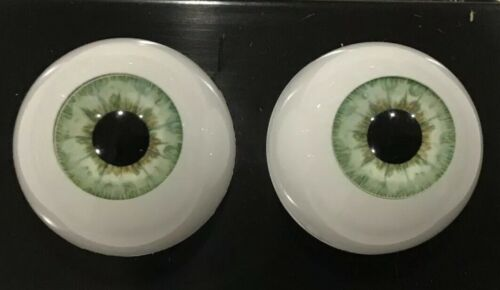 """20mm Light Green Round """"Real Eyes"""" Made In USA"""