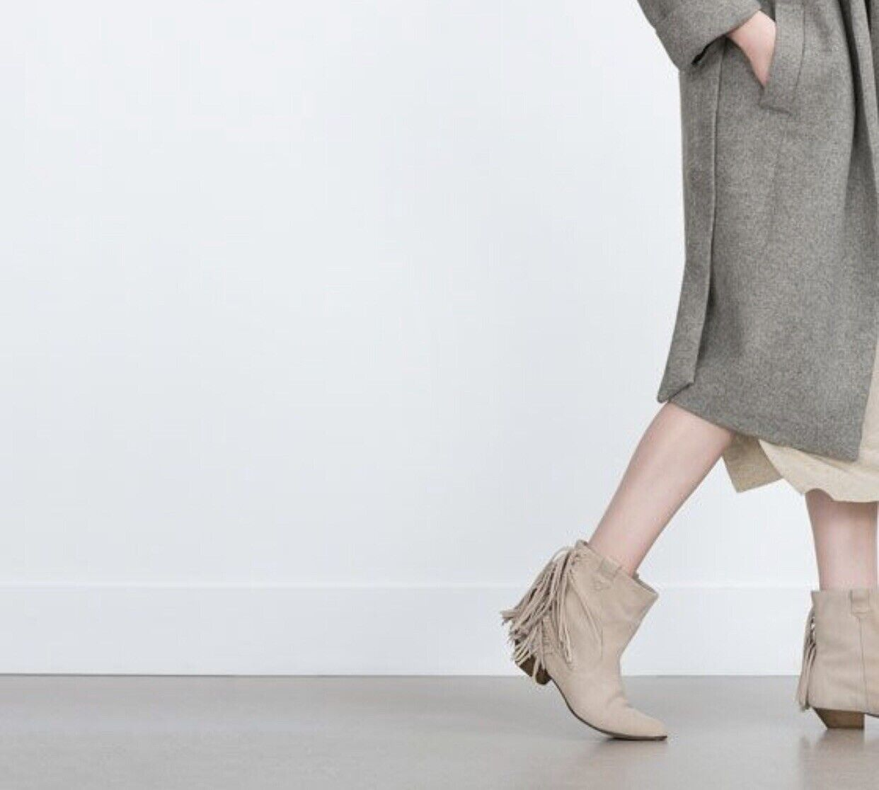 Zara Flat Ankle Boots With Fringe Size 6