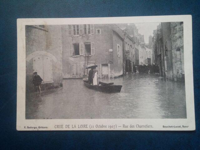 L065. CPA. Orléans. Loiret. Crue de la Loire. Rue des Charretiers. 1907