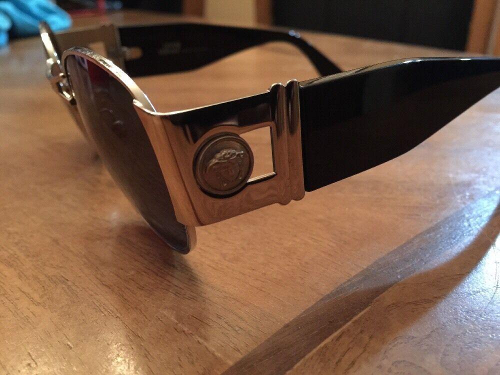 Gianni Versace Vintage Sunglasses MOD. S67 - image 3