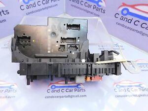Mercedes-Clase-CLS-w218-a2129012304-Caja-De-Fusibles-Unidad-Central-de-Control-350-CDI-5b2c
