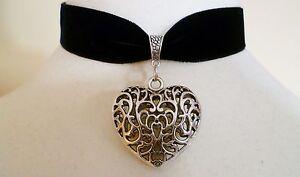 Black-Velvet-Love-Heart-Choker-Medieval-Wicca-Pagan-Gothic-Necklace-Pendant