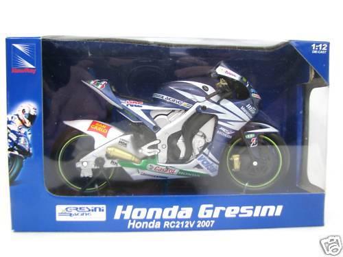 New Ray  Honda Gresini RC212V #33 Marco Melandri 2007 New 1//12