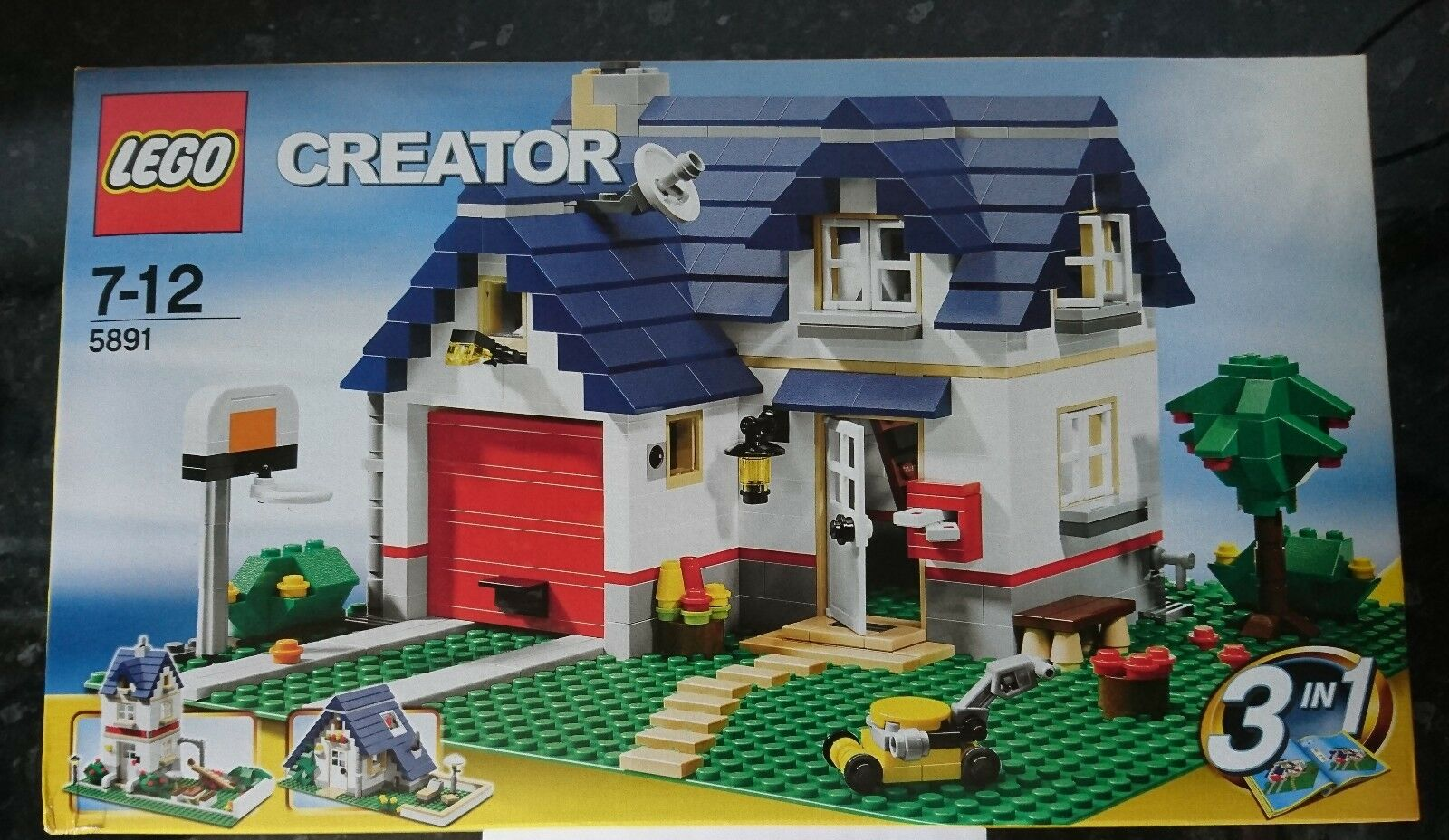 Lego Creator  APPLE TREE HOUSE  5891 Rare Rare Rare 3-In-1 Factory Sealed Box Collectable 3f44dc