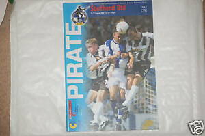 Bristol-Rovers-V-Southend-Programm-21st-Aug2004