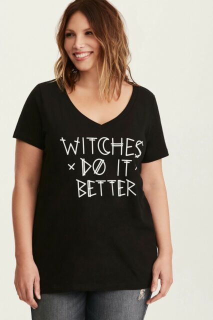 7602615f367 Torrid Women s Plus Size 2 2X Halloween Witches Do it Better V-Neck Tee (