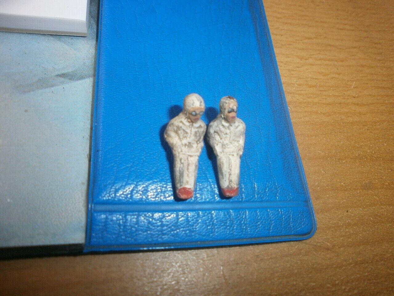 Konvolut 2 Märklin Figuras de Masa para 2.8cm Piloto Pequeño Antiguo Fundición
